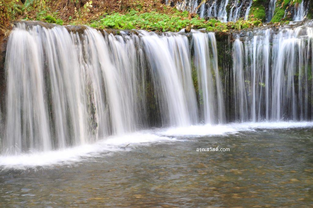 น้ำตกชิราอิโตะ Shiraito Falls ประเทศญี่ปุ่น