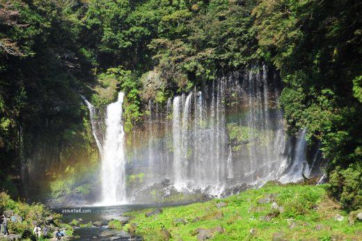 เที่ยวญี่ปุ่นที่น้ำตกชะระอิโตะโนะทะคิ Shiraito no Taki Waterfalls